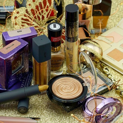 2016-12-23_holiday_gold_holidaygold_makeup_igmakeup_instamakeup_cosmetics_beauty_beautyaccount_beautyphotos_beautyproducts
